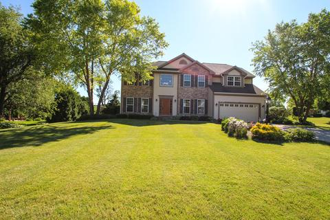 n75w24315 Overland Rd, Sussex, WI 53089