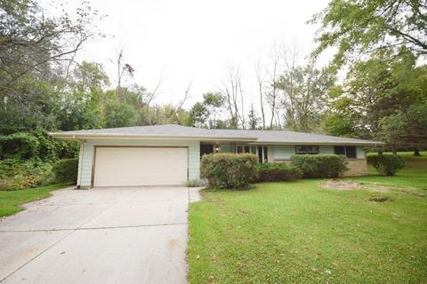 7354 Kettle Moraine Dr 7360 West Bend Wi 53090 Mls 1661761