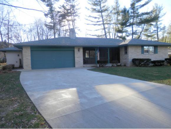 120 Forest Hill Ct, Shawano WI 54166