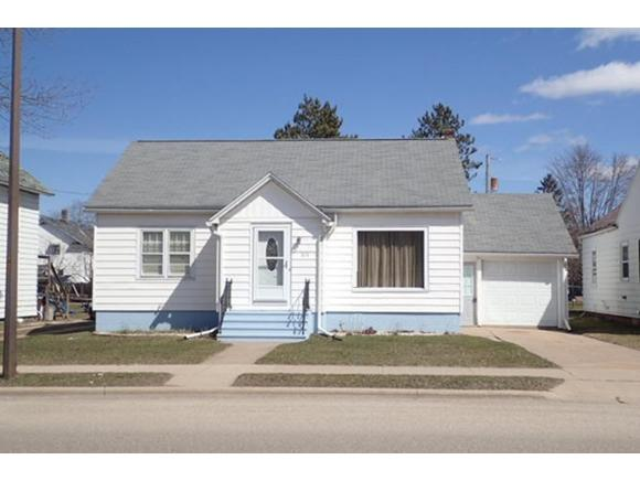 212 S Lincoln St, Shawano WI 54166