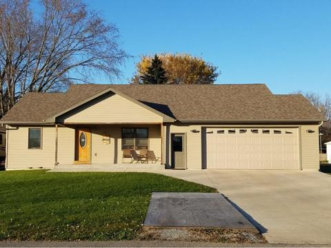 433 Canal St, Berlin, WI 54923