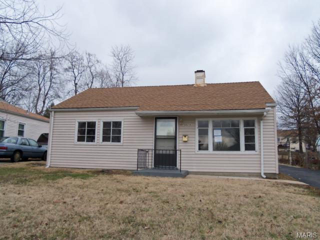 9509 Ridge Ave, Saint Louis MO 63114