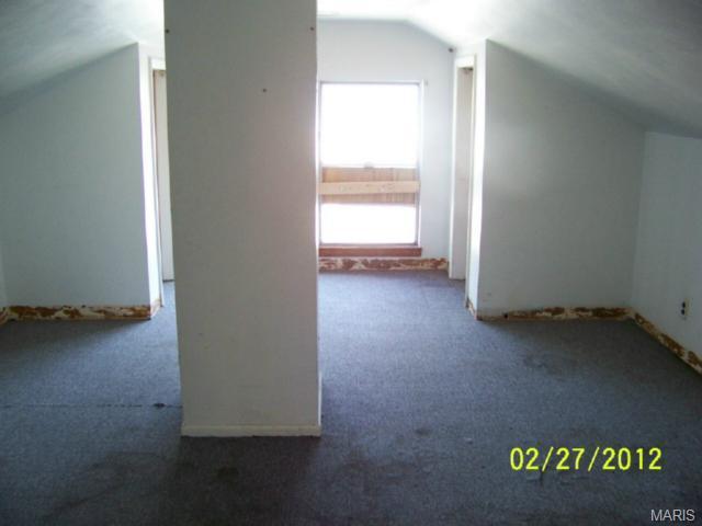 227 Horn Ave, Saint Louis MO 63125