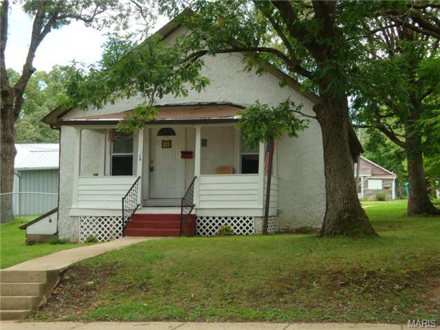 328 E Vine St, Sullivan, MO
