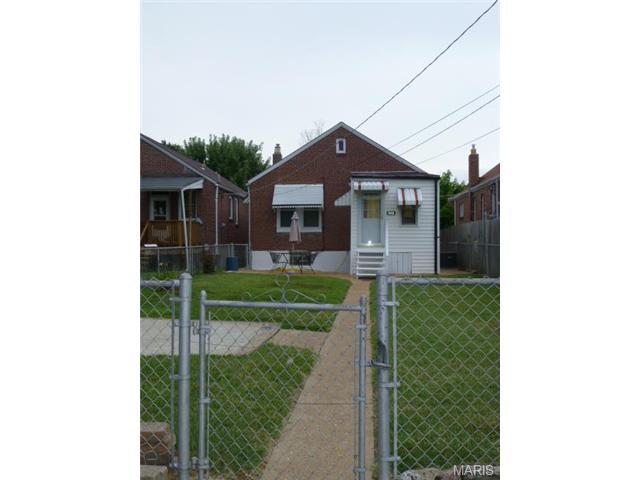 5446 Robert Ave, Saint Louis MO 63109