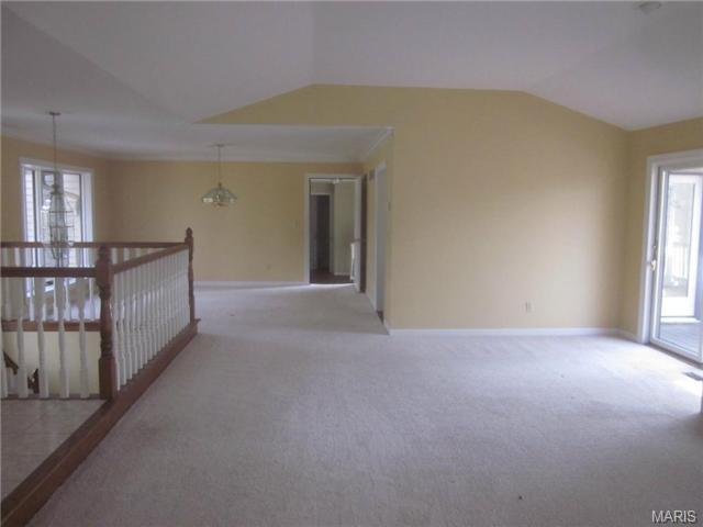 16634 Dresser Hill Dr, Chesterfield MO 63005