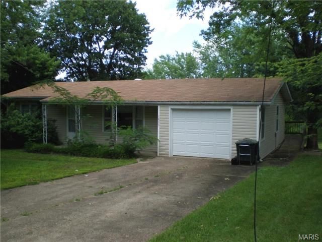 1833 Osage Dr, Rolla, MO