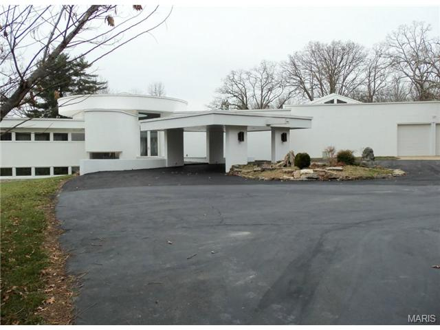 12070 Country Club Dr, Rolla, MO