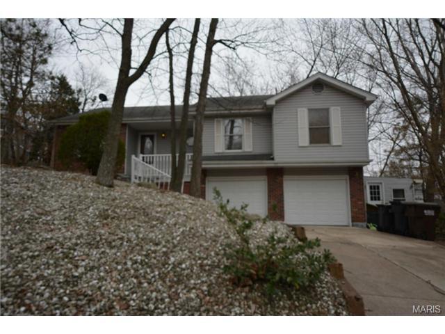 517 Oak Ter, Lake Saint Louis, MO