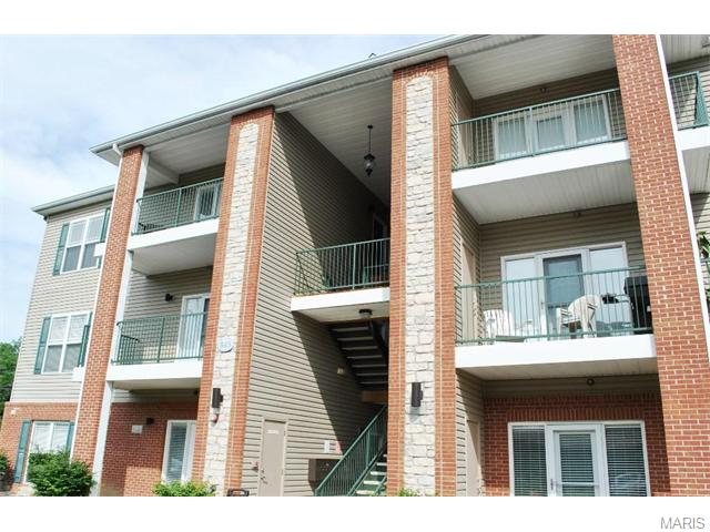 845 Forest Ave #APT 301, Valley Park, MO