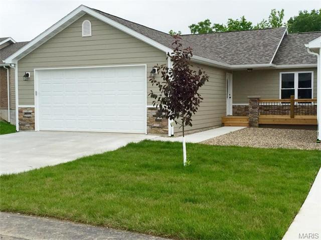 17 Chester Rd, Hannibal, MO