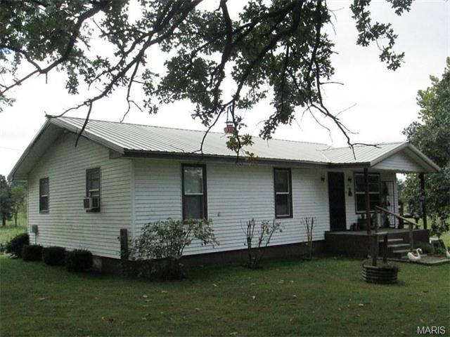 610 W Ash St, Conway MO 65632