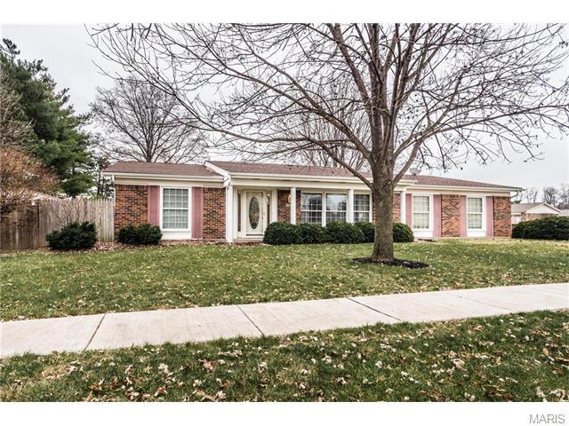 3700 Harmann Estates Dr, Bridgeton, MO