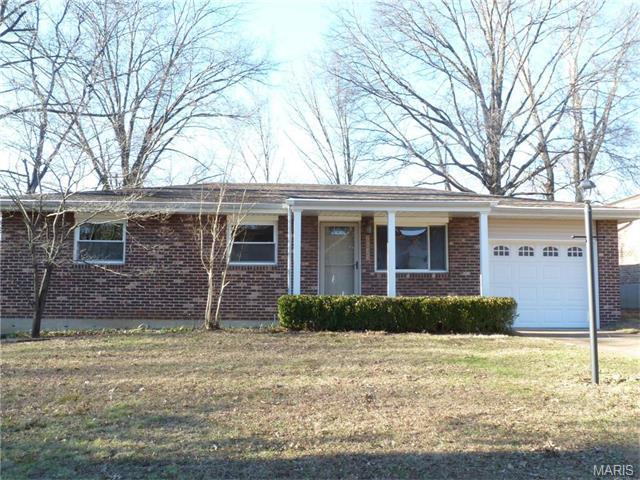 2643 Wessex Dr, Saint Louis, MO