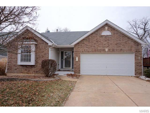 340 Crescent Ave, Valley Park, MO