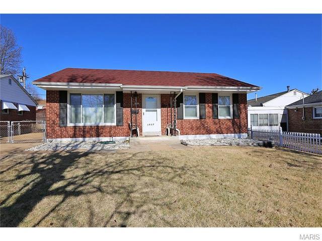 3837 Rainor, Saint Louis, MO