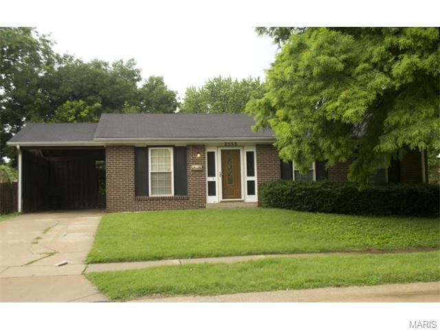 2533 Saddle Rdg, Florissant, MO