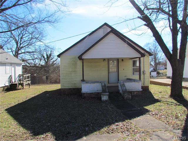312 E Euclid Ave, Sullivan, MO