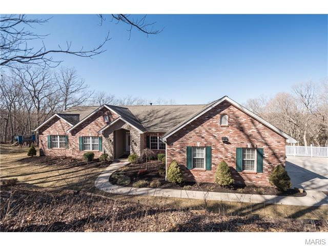 1649 Timber Bluff Trl, Pacific, MO