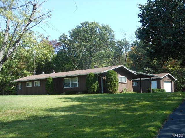 4211 Old Rd, De Soto, MO