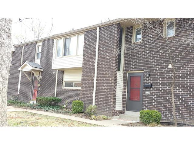 12310 Rossridge Ct, Saint Louis, MO