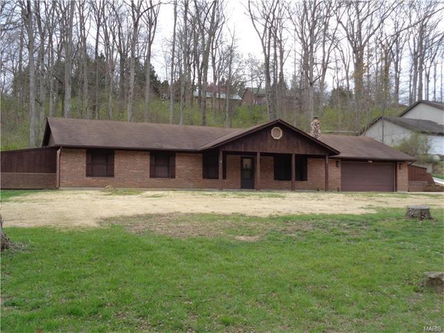 5456 Sparrow Ln, House Springs, MO
