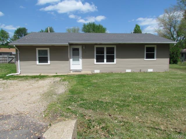 1021 Prairie, Sullivan MO 63080