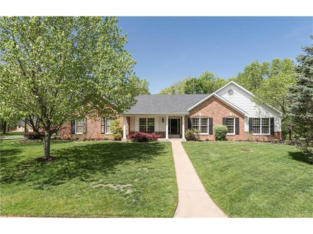 2149 Hickory Dr, Chesterfield MO 63005