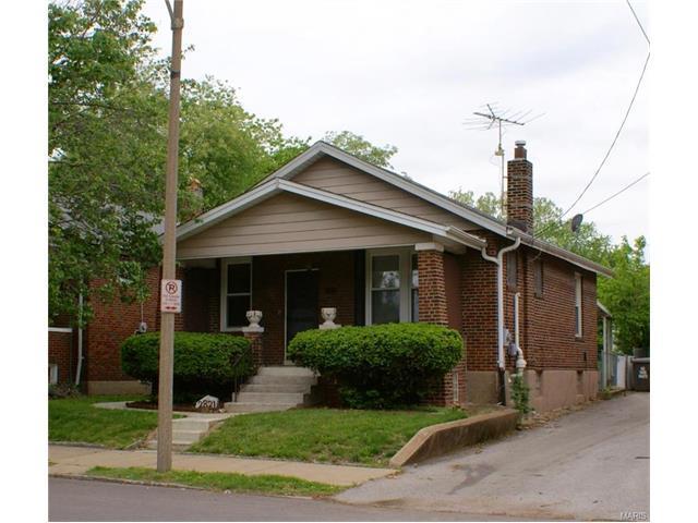 2821 Macklind Ave, Saint Louis, MO