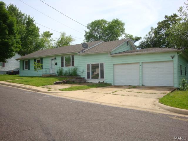 436 N Manion St, Sullivan MO 63080