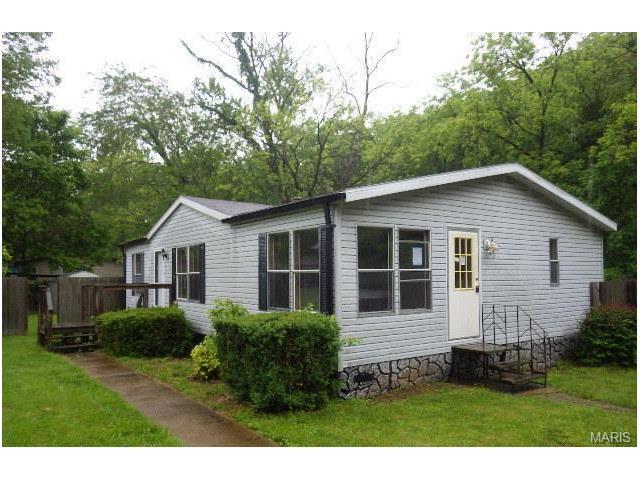 6192 Amberwood, House Springs, MO