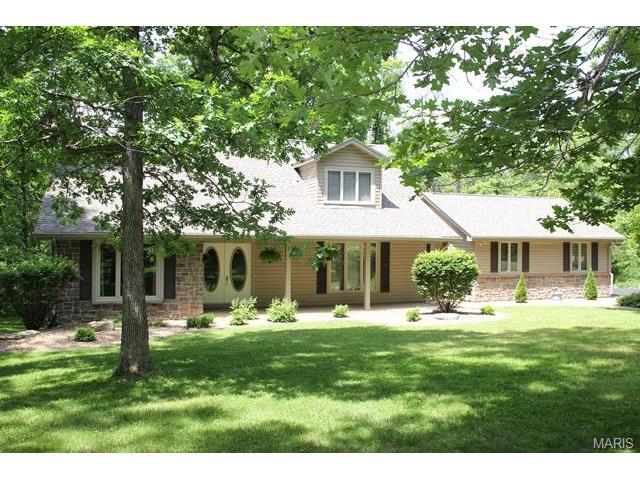 29 Fourfield Dr, Troy, MO