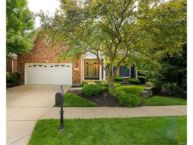 646 Spyglass Summit Dr, Chesterfield, MO
