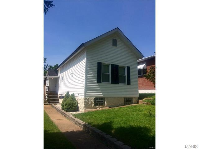 3622 Robert Ave, Saint Louis, MO 63116