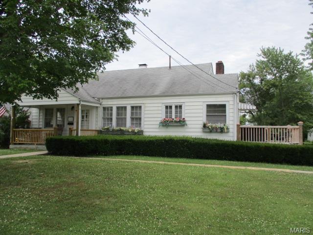 110 Marshall St Fredericktown, MO 63645