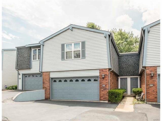 2235 Village Grn Chesterfield, MO 63017
