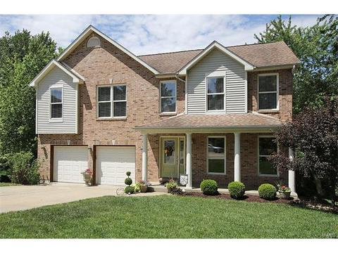 224 Hall Pt, Fairview Heights, IL 62208