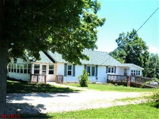 1409 Sappington Bridge Rd, Sullivan, MO