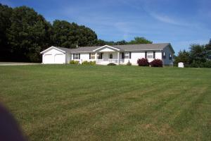942 Starvey Creek Rd, Conway MO 65632
