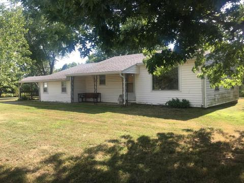 405 State Rd H, Elkland, MO 65644