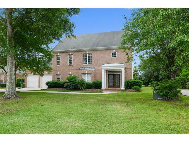40 Castle Pines Dr, New Orleans LA 70131