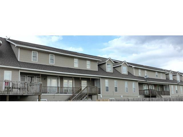 2916 Jean Lafitte Pkwy #APT b, Chalmette LA 70043