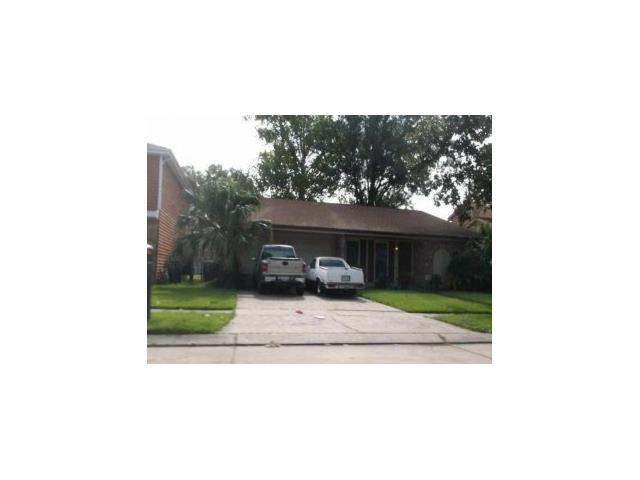 2405 Woodmere Blvd, Harvey LA 70058