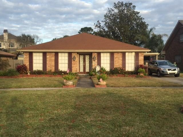 4505 Lake Vista Dr, Metairie LA 70006