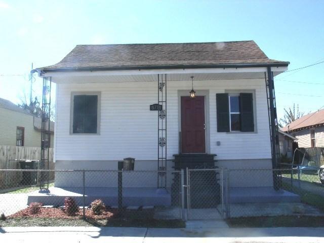 8718 Jeannette St, New Orleans LA 70118