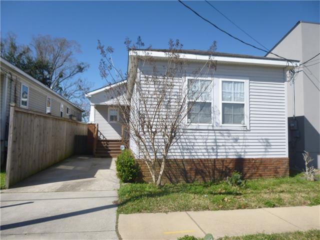 1569 Chippewa St, New Orleans LA 70130