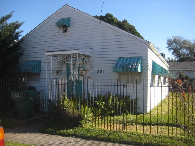 301 Aris Ave, Metairie LA 70005