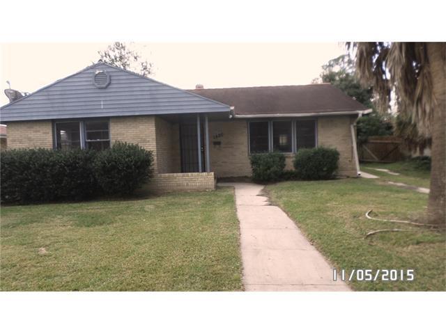 1820 Mirabeau Ave, New Orleans LA 70122