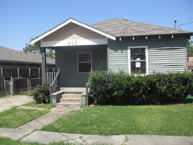 617 Gardere Ave, Harvey LA 70058