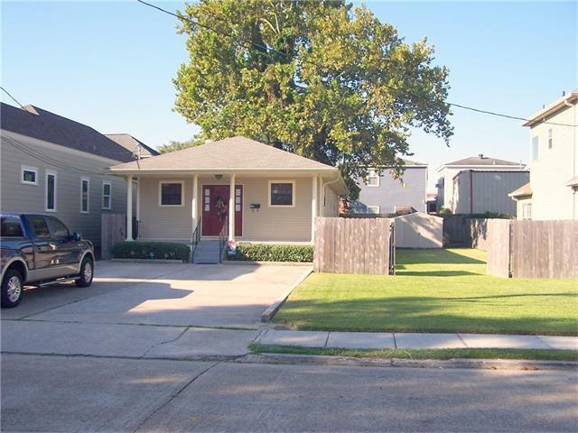 418 Newton St, Gretna LA 70053